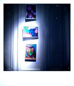 Obras de la exposición en Ramses (imagen MaribelÚbeda)